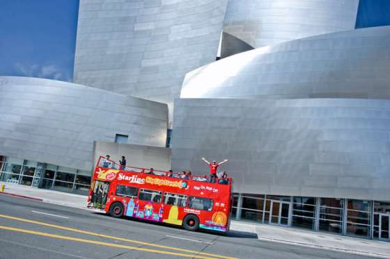 Hollywood bus tour