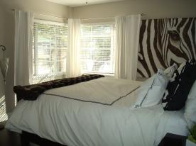 Monroe_Suite 14_Bedroom_Window
