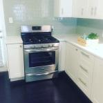 Monroe_Suite 1_Kitchen_Stove