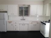 Monroe_Suite 10_Kitchen