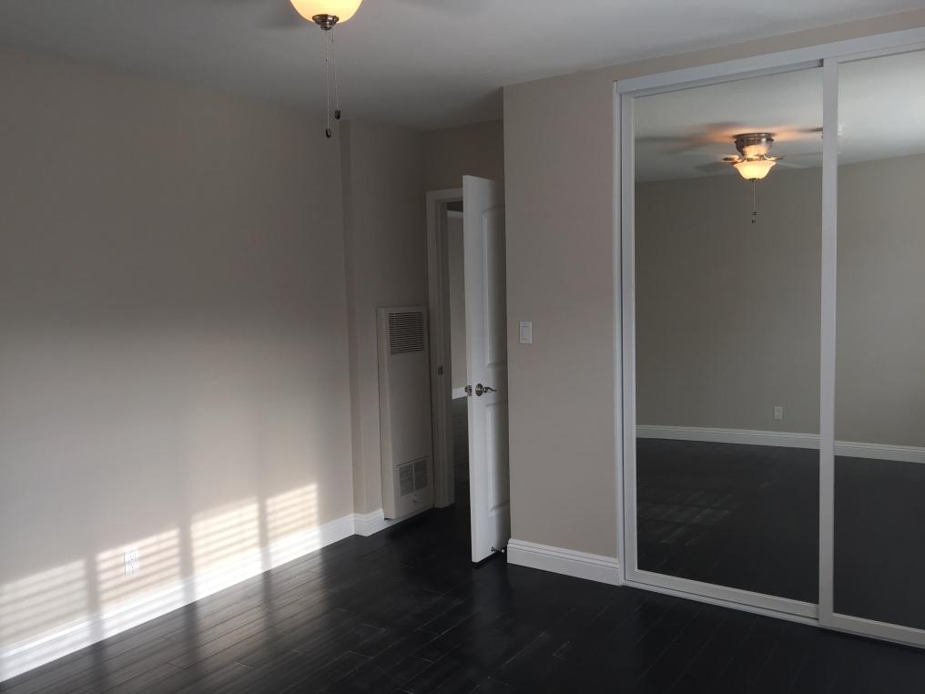 Suite 17_After_Bedroom Door