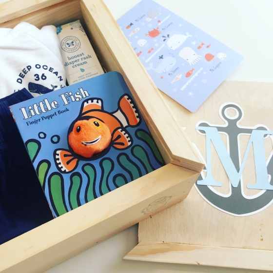 Gift box: baby boy_with card