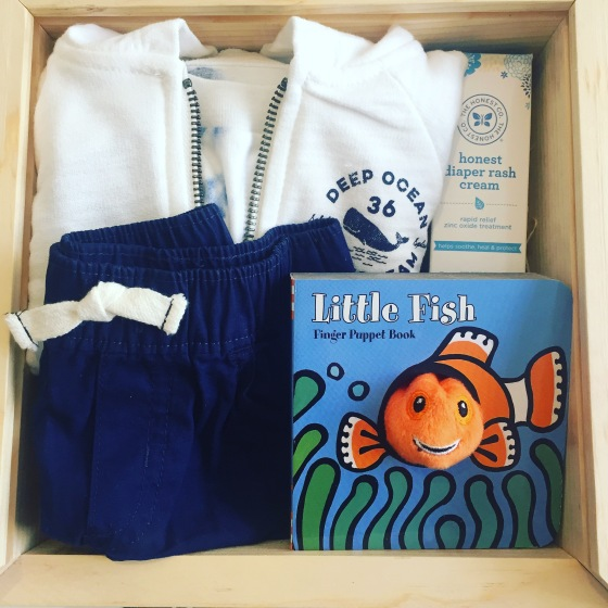 Gift box: baby boy_open box