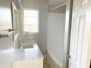 The Dietrich_Suite 5_Bathroom