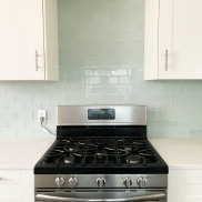 The Harlow_Suite 17_Kitchen_Stove